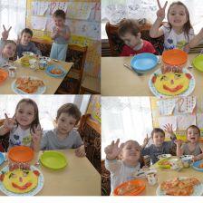 Мазуровы Ваня, Маша и Гордейка в конкурсе «Умелый кулинар»