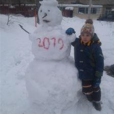 Матвей Фролов в конкурсе «Слепи снеговика»
