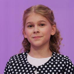 Аня Бажанова