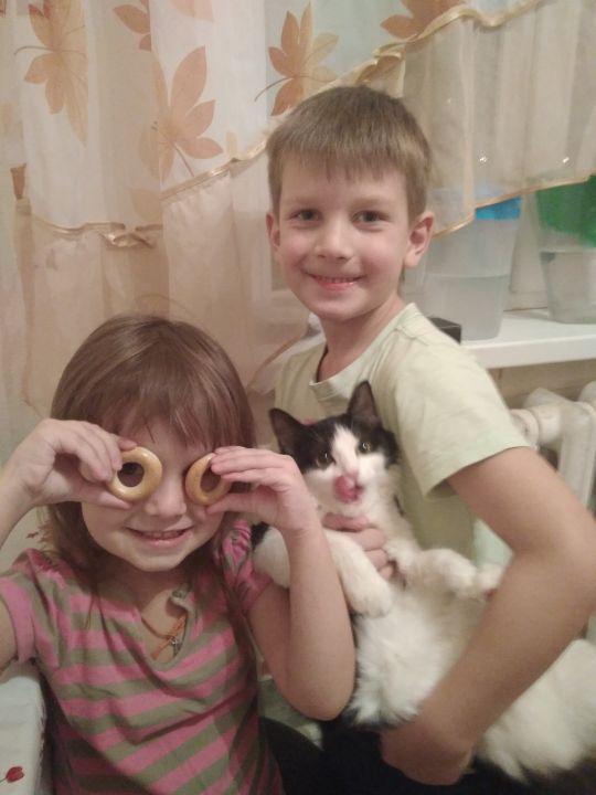 Зуевы Уля, Мирослав и Маруся