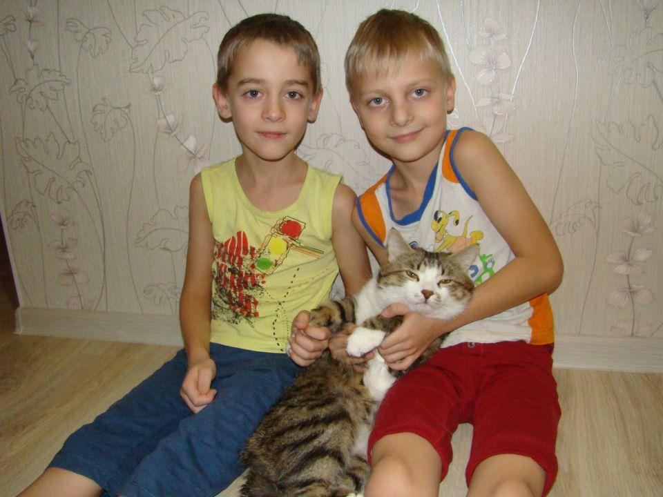 Миша и Алёша Сегал