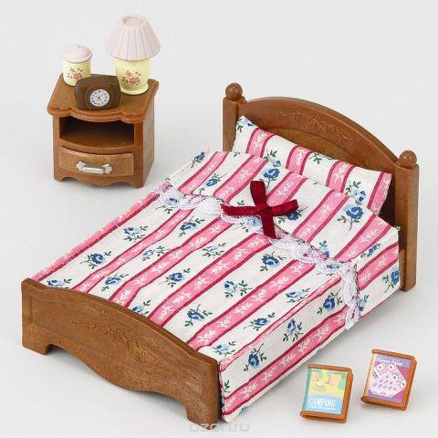 """Sylvanian Families игровой набор """"Большая кровать и тумбочка"""""""