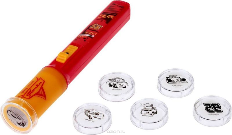 Disney Проектор-фонарик Тачки 2 в 1