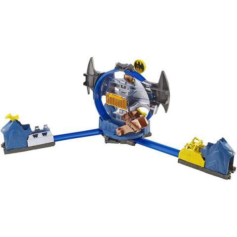 Mattel Hot Wheels GBW55 Хот Вилс Готэм Сити Бэткейв