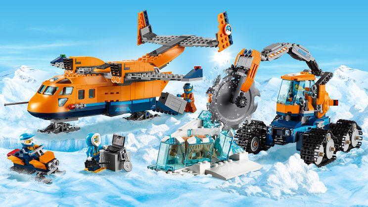 60196 Арктический транспортный самолёт